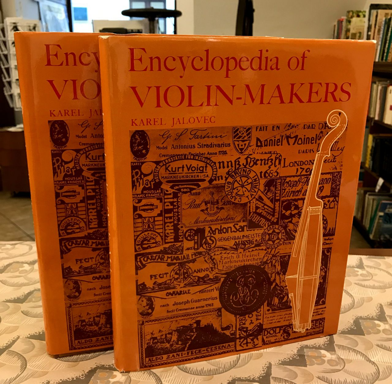 Encyklopedia of Violin-Makers. Volume I: A-K. Volume II: L-Z File 13.1.17 11 28 49